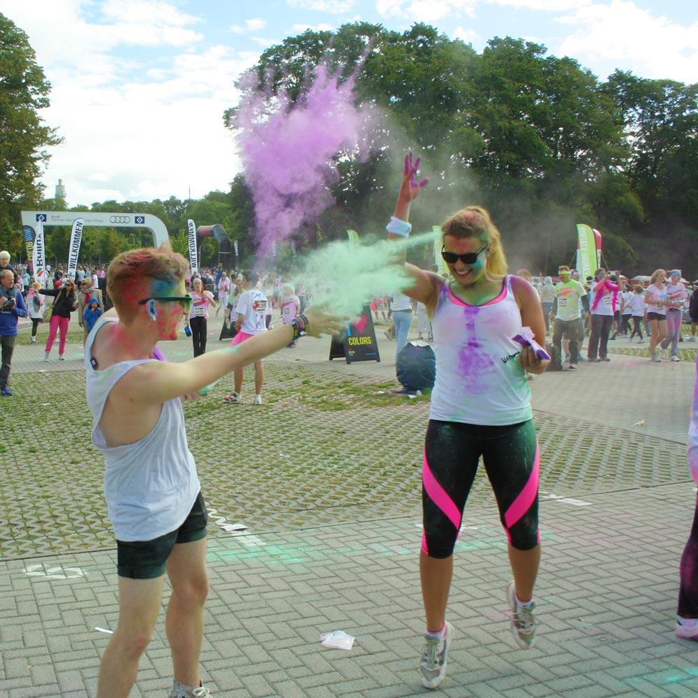 Color Run: Farbkampf zwischen Svenja & Jan