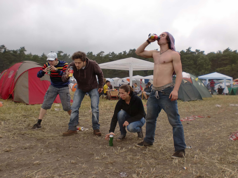 Hurricane, Festival, 2010, Scheeßel, Dreck, Matsch, Regen, Bier, Alkohol, Party, Musik, Konzert, zelten, Camping
