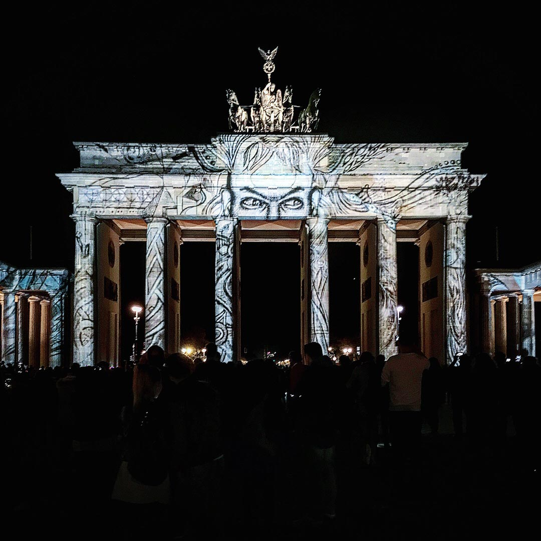 Festival of Lights 2017: Das Brandenburger Tor beobachtet uns