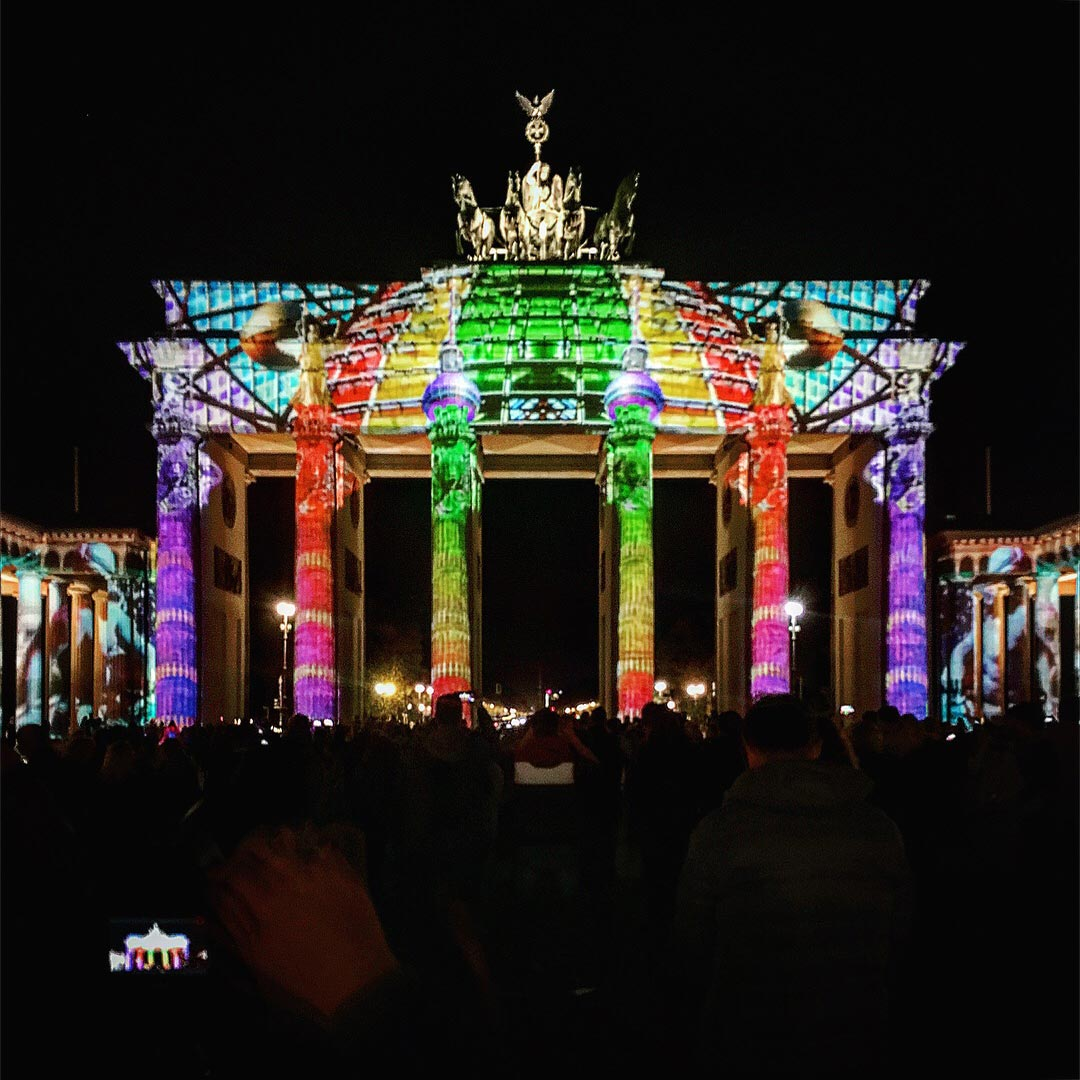 Festival of Lights 2017: Der Reichstag trifft auf das Brandenburger Tor